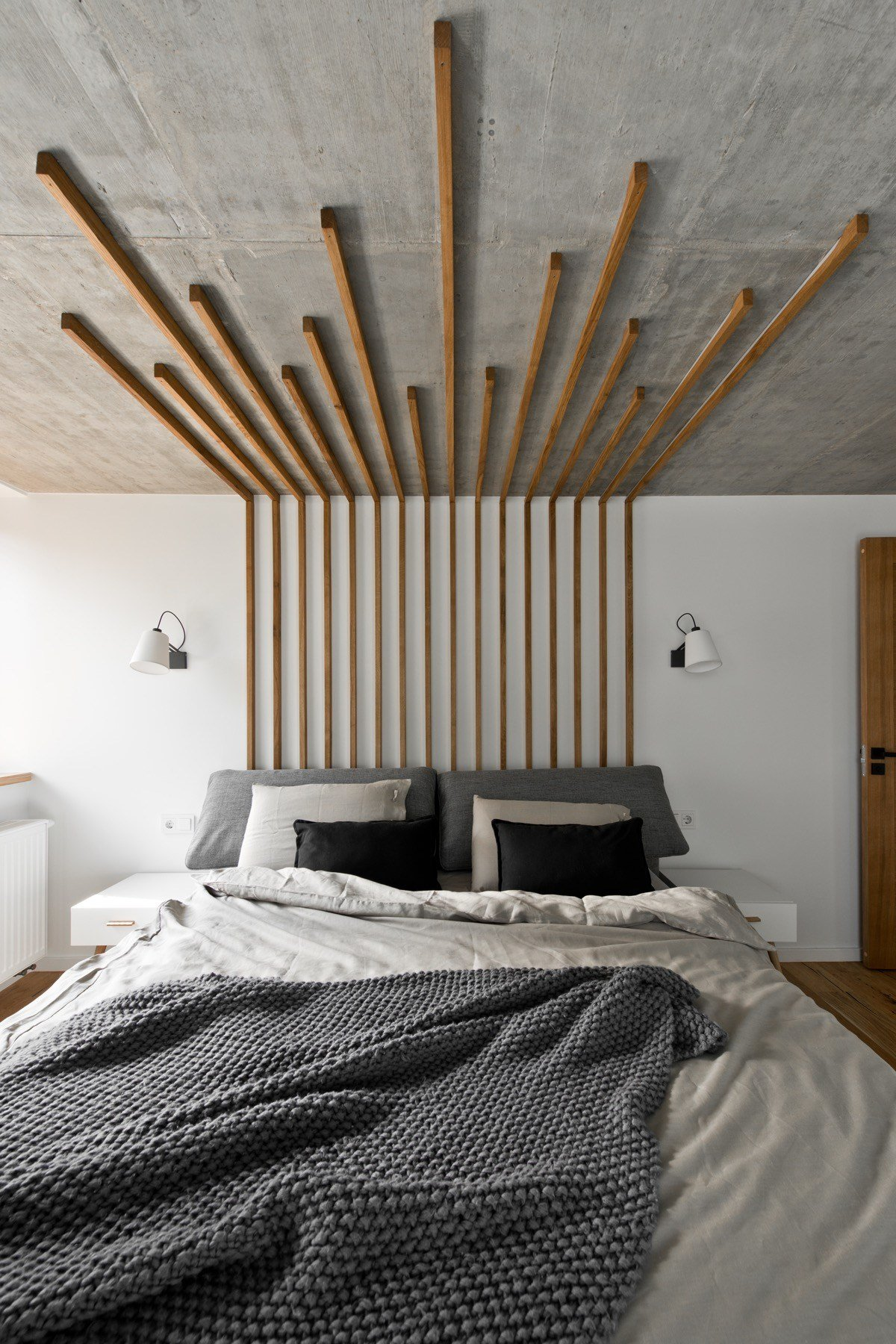 Best Wood Headboard Interior Design Ideas With Pictures