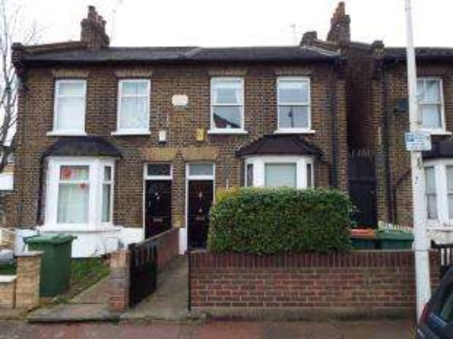 Best 3 Bedroom Semi Detached House For Sale In Manor Park Road With Pictures
