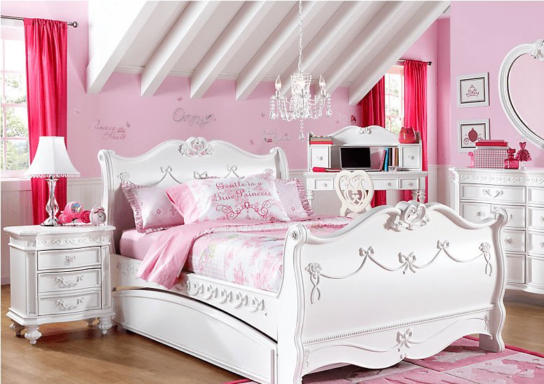 Best If You Can T Stay In Disney World S Cinderella Suite Can You Afford A Disney Princess Bedroom With Pictures