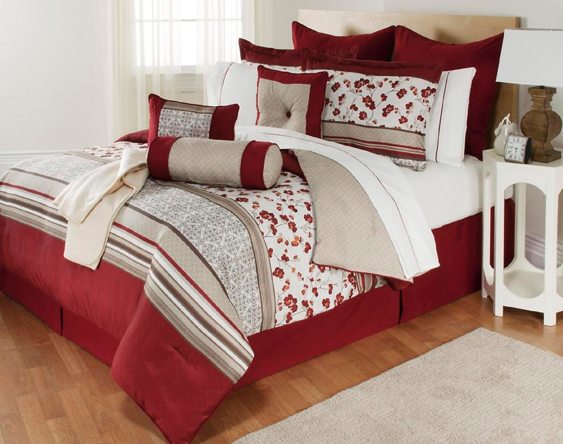 Best The Great Find Delancey 16 Piece Bedding Set Floral With Pictures
