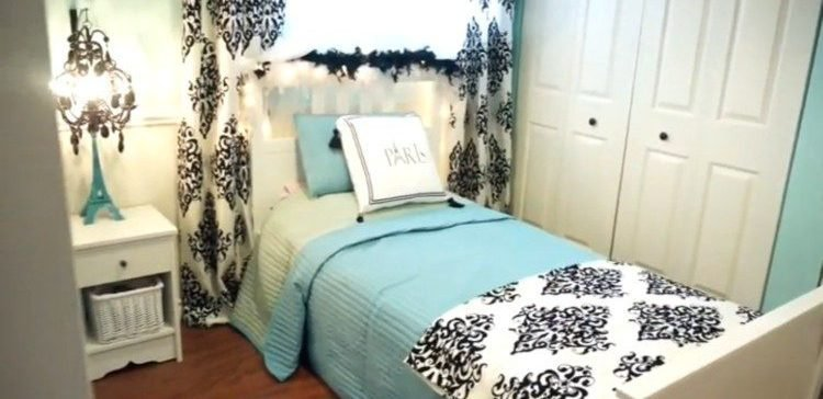 Best Mom Comes Up With A Brilliant Way To Split Bedroom Into 2 With Pictures