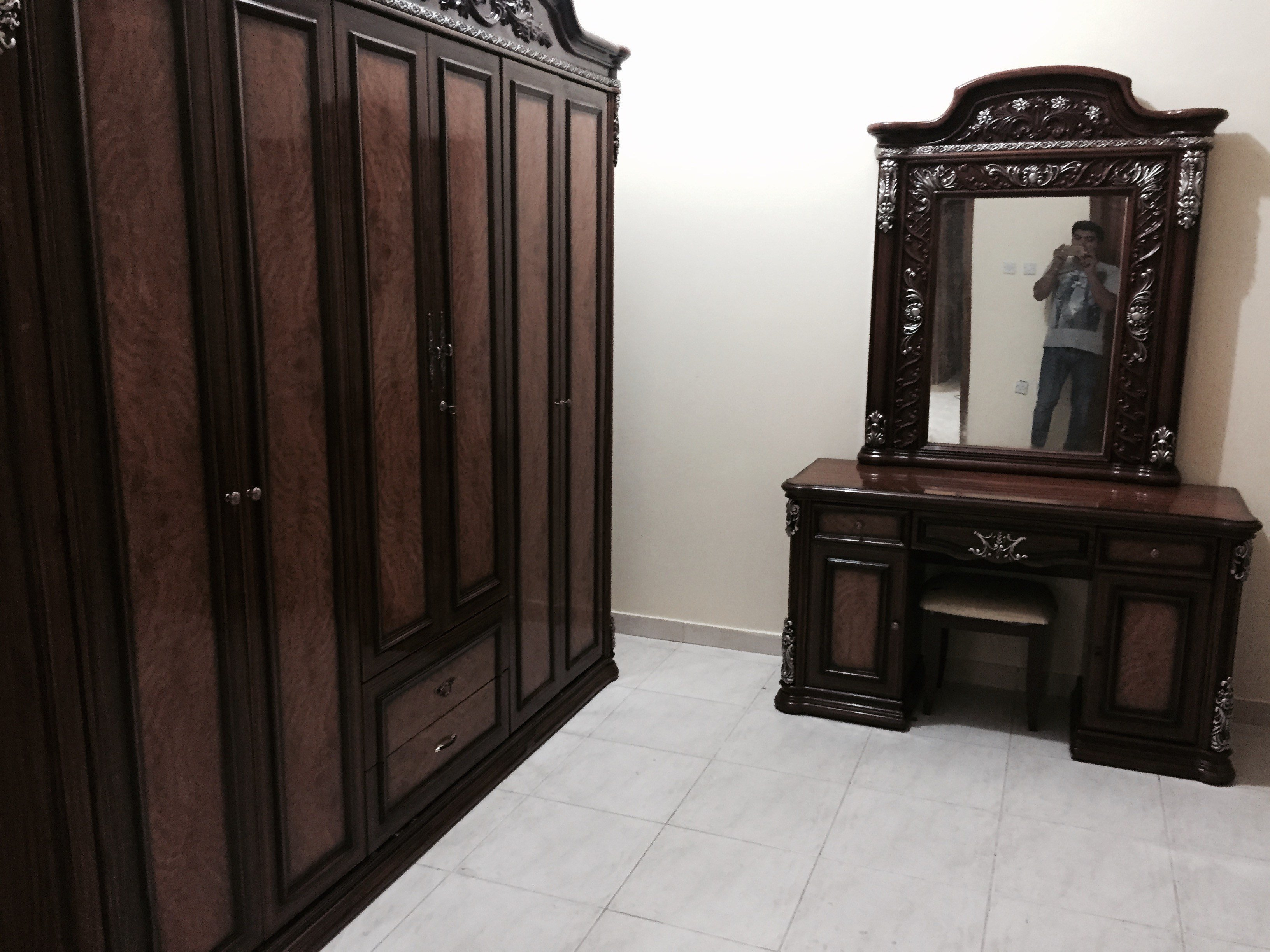 Best Complete Bedroom Set For Sale Cot Cupboard Etc Qatar With Pictures