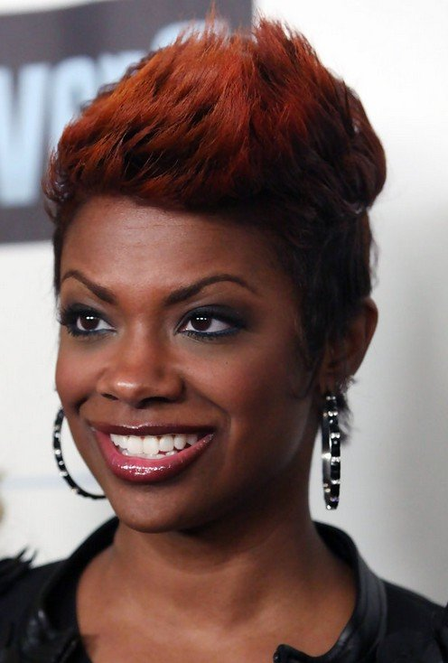 Free Kandi Burruss Layered Spiked Red Haircut For Black Women Wallpaper