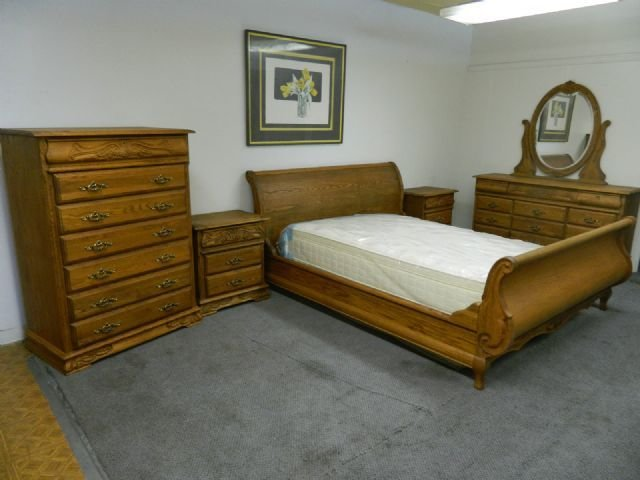 Best Oak Wood Interiors Bedroom Set Versailles Colorado Springs Colorado Furniture For Sale With Pictures