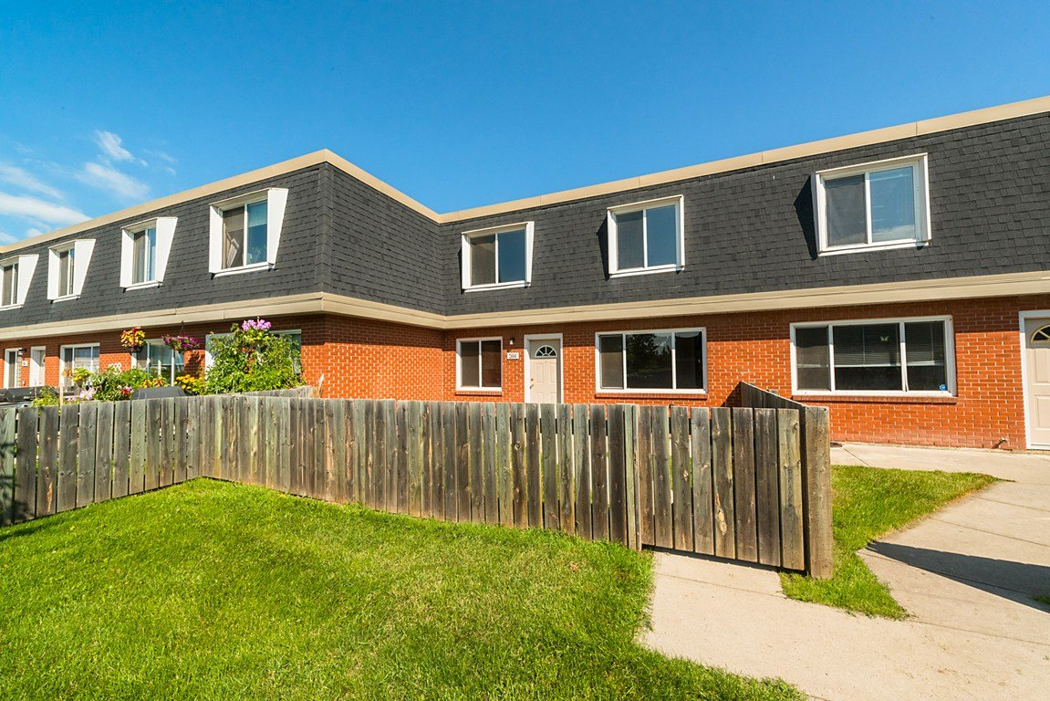 Best 3 Bedrooms Edmonton West Townhouse For Rent Ad Id Bw With Pictures