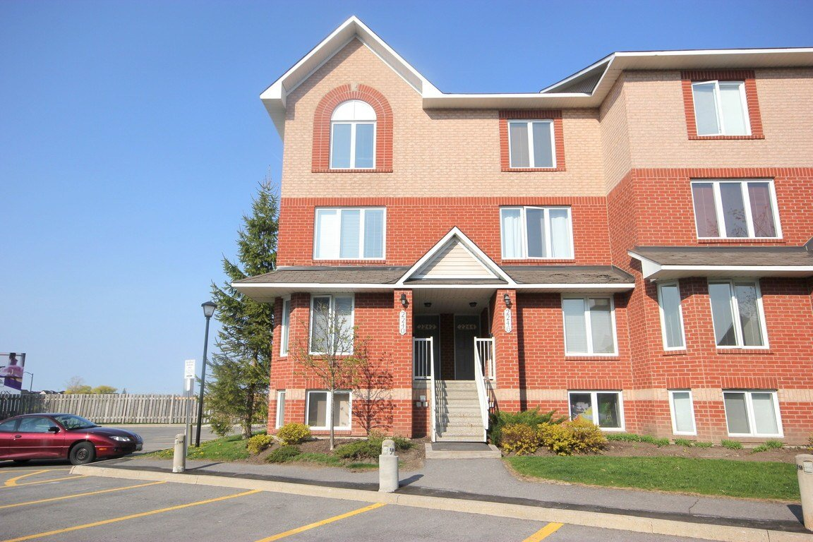 Best 2 Bedrooms Ottawa East Apartment For Rent Ad Id Loc With Pictures