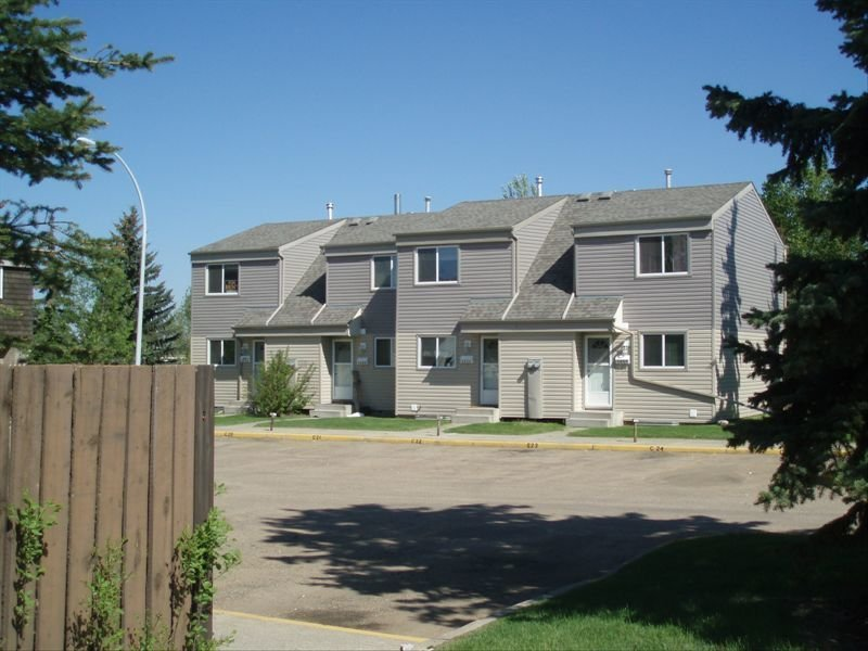Best 2 Bedrooms Edmonton West Townhouse For Rent Ad Id Myp With Pictures