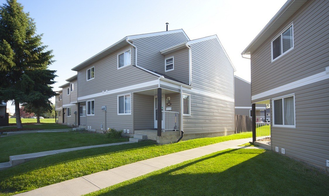 Best 3 Bedrooms Edmonton North East Townhouse For Rent Ad Id Mpm 10761 Rentboard Ca With Pictures