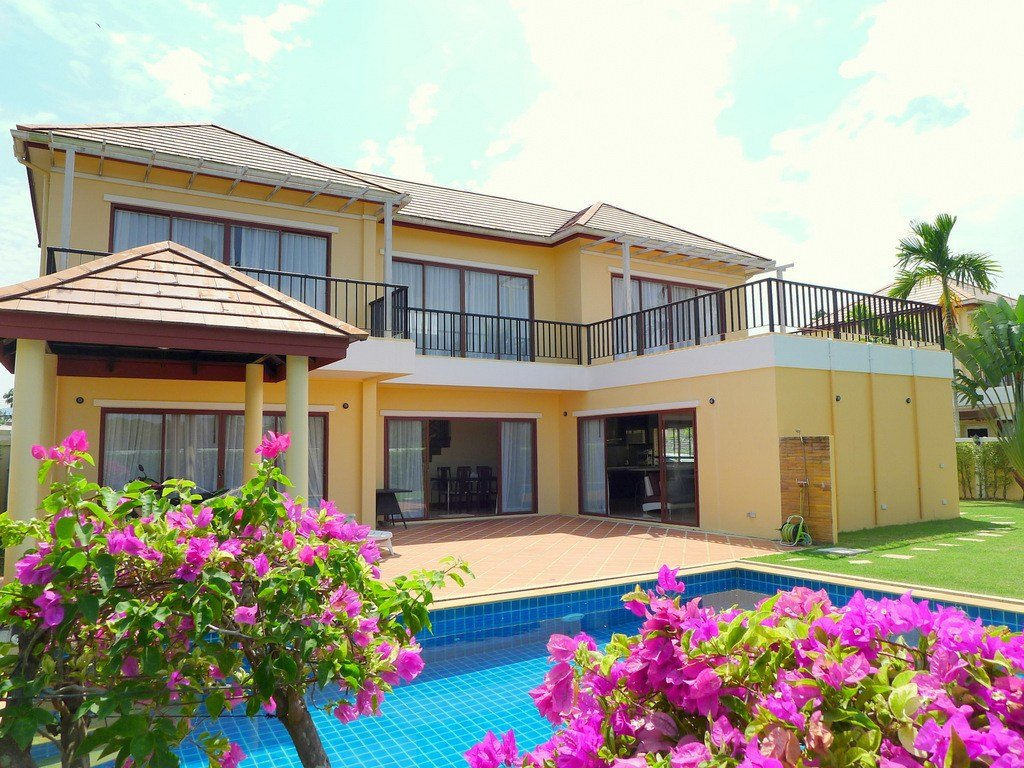 Best 3 Bedroom Private Pool Villa For Rent In Layan Beach With Pictures