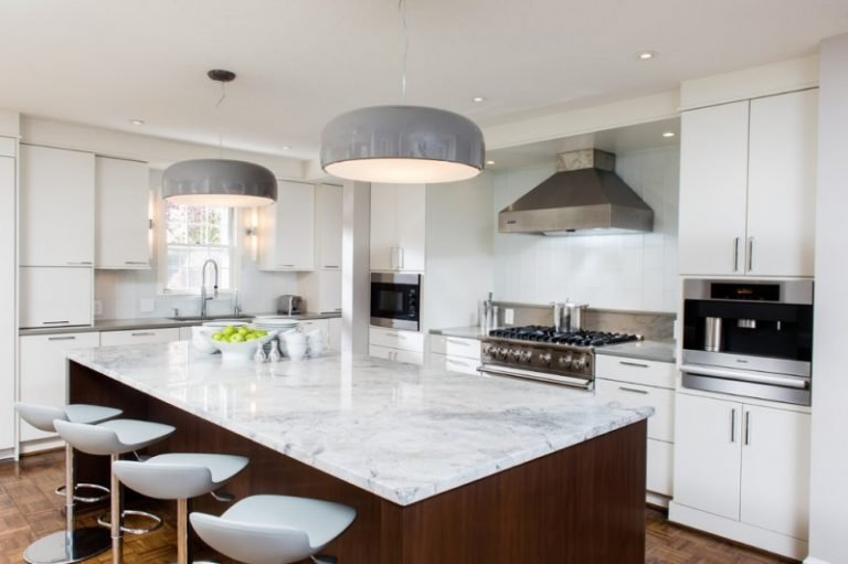 Best Great Grey Quartz Countertop White Kitchen Combo Ideas To With Pictures