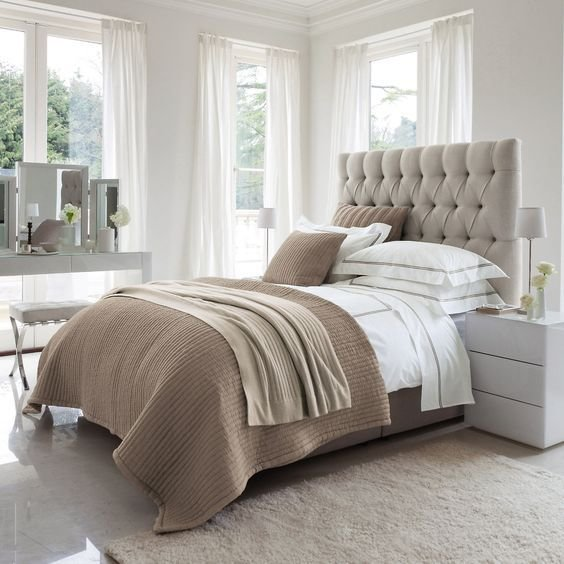 Best 30 Timeless Taupe Home Décor Ideas Digsdigs With Pictures