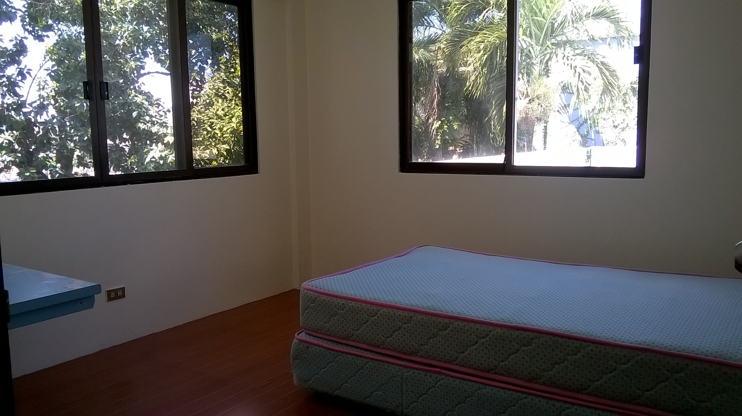 Best 6 Bedroom House Located In Banilad Cebu City Furnished With Pictures