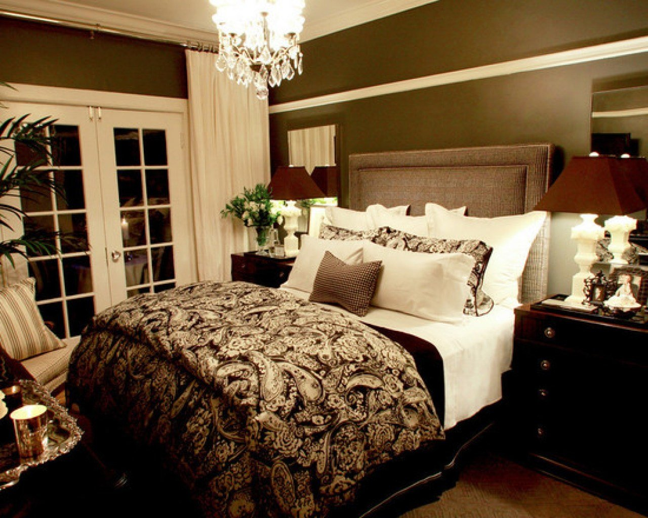 Best Wall Decor Ideas For Bedroom Small Romantic Master With Pictures