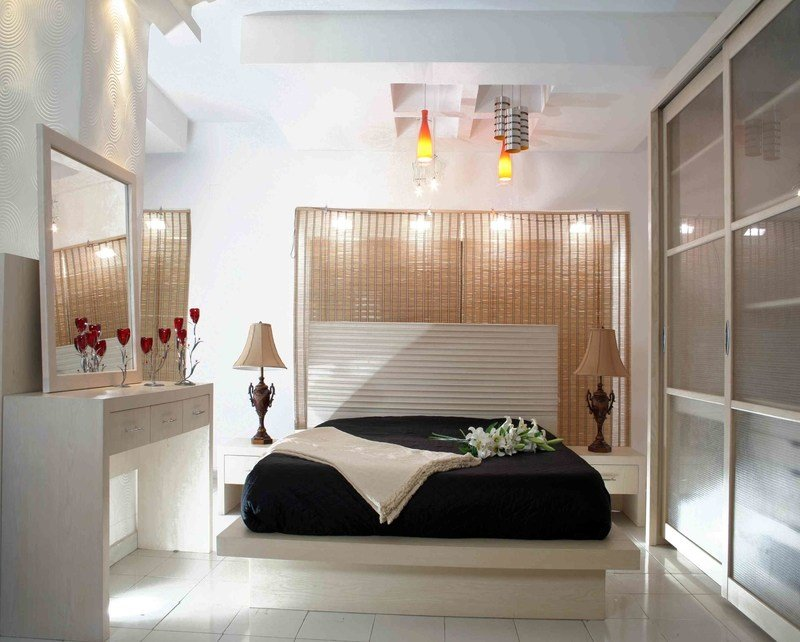 Best Couples Room Decorating Ideas Very Small Master Bedroom With Pictures