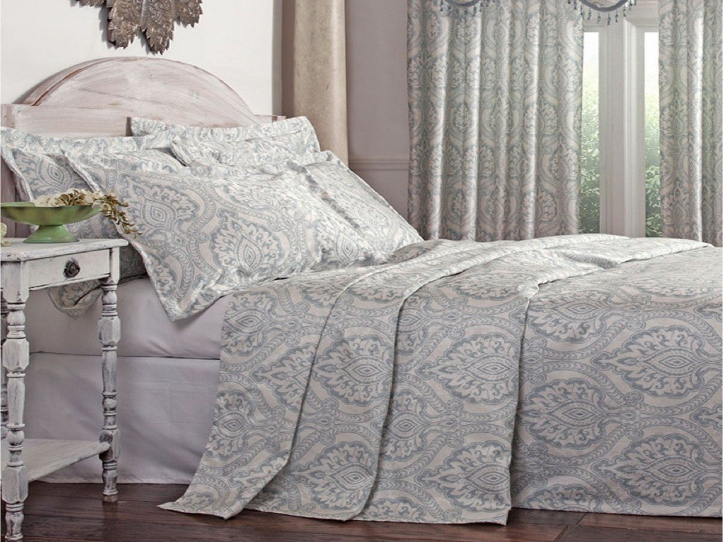 Best Classy Bedroom Furniture Lightweight Bedspreads Coverlets With Pictures