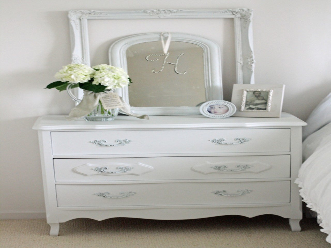 Best Bedside Tables And Dressers Cheap Dressers For Sale With Pictures