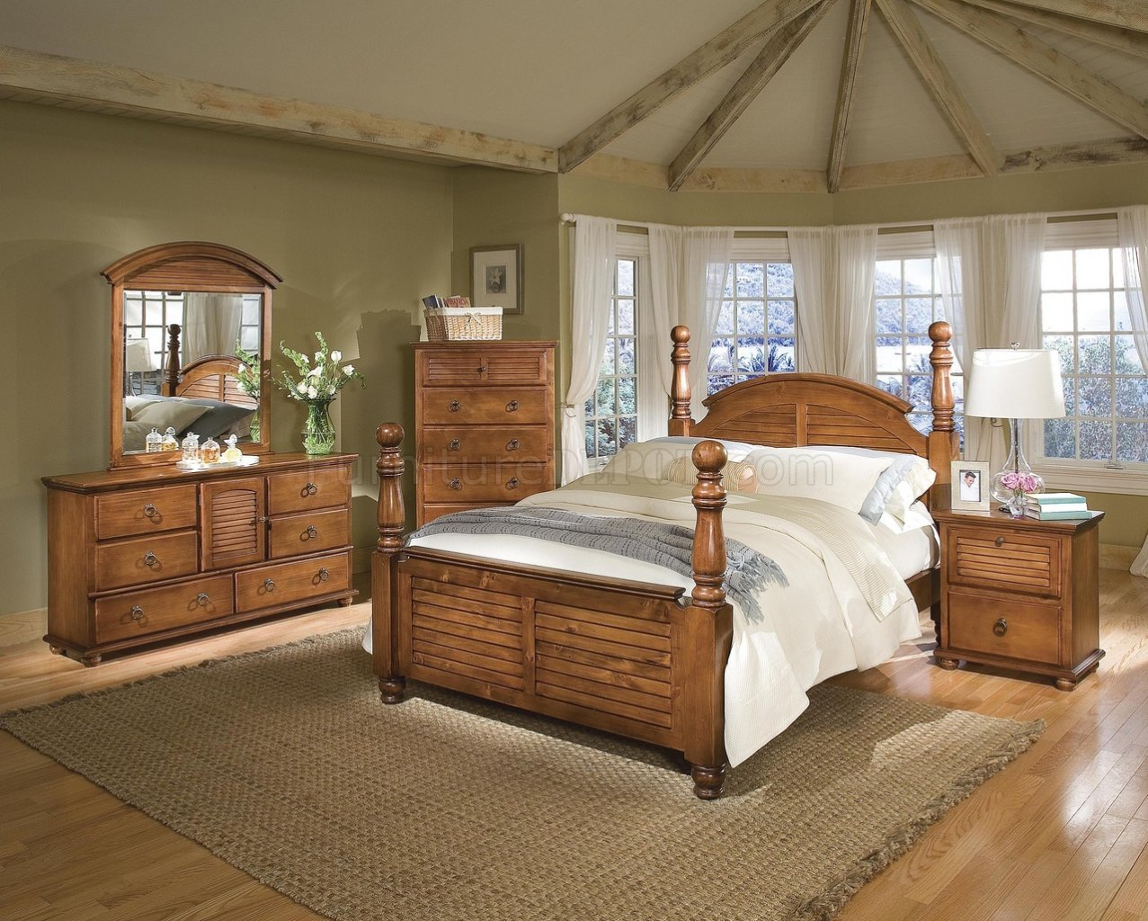 Best Dark Pine Finish Contemporary Bedroom W Cannonball Panel Bed With Pictures