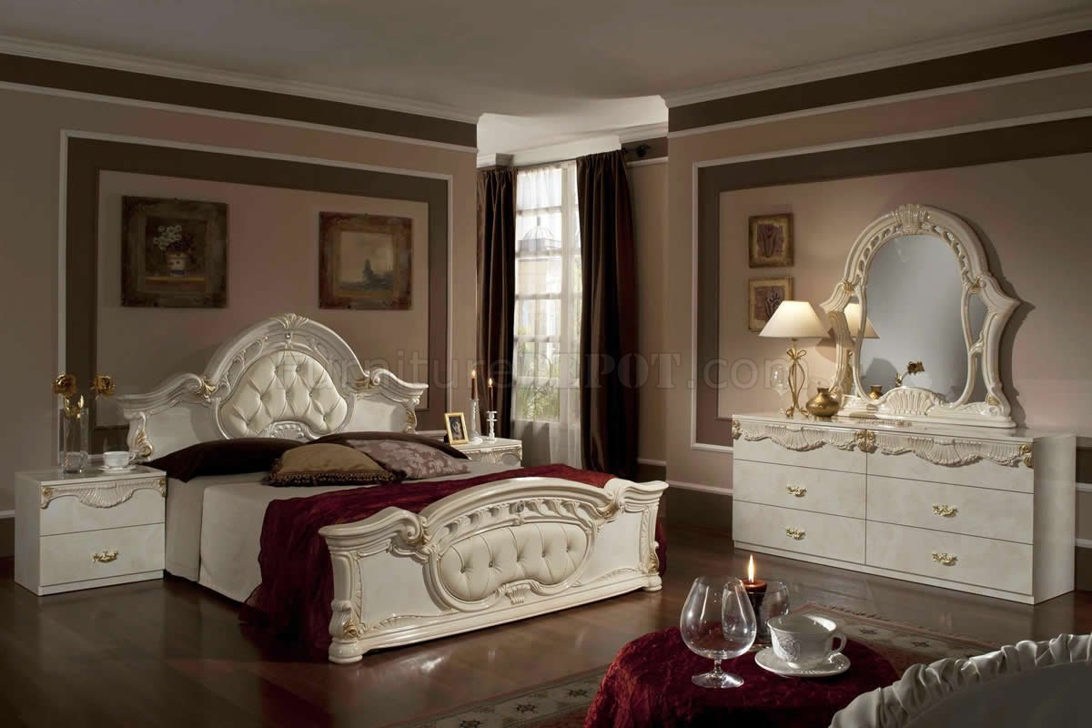 Best Rococo Bedroom In Beige By Vig With Pictures