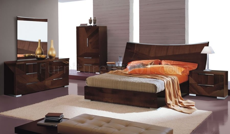 Best Cherry High Gloss Bedroom Set W Oversized Headboard Cindi Bed With Pictures