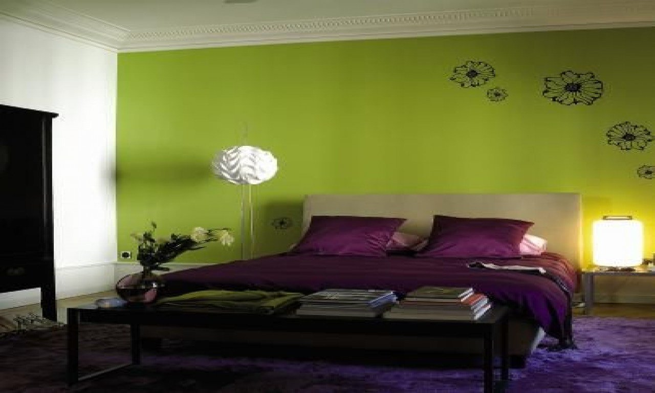 Best Green Bedroom Walls Decorating Ideas Purple And Green With Pictures