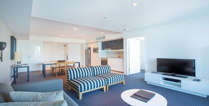 Best Gold Coast Private Apartments 1 Bedroom Apartment Level 3 At H Residences Building Surfers Paradise With Pictures