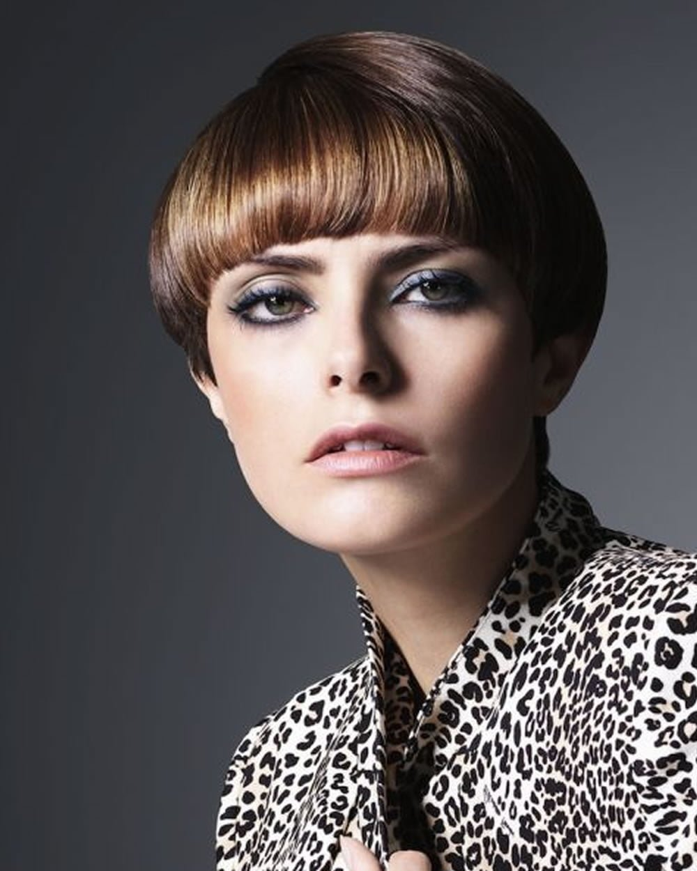 Free Hey Ladies Best 13 Short Haircuts For Round Faces Wallpaper