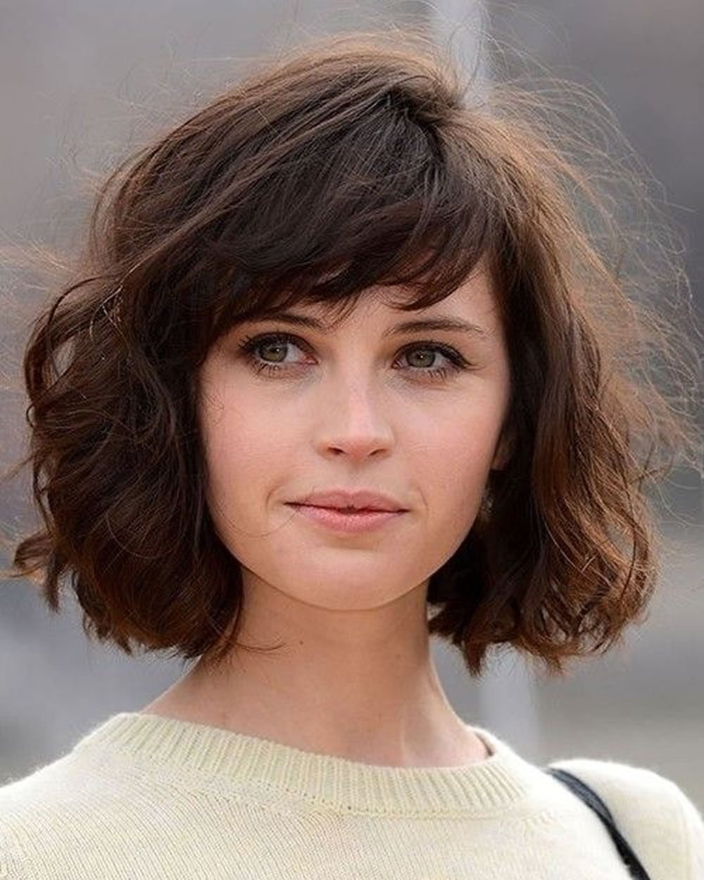 Free 30 Best Short Bob Haircuts With Bangs And Layered Bob Wallpaper