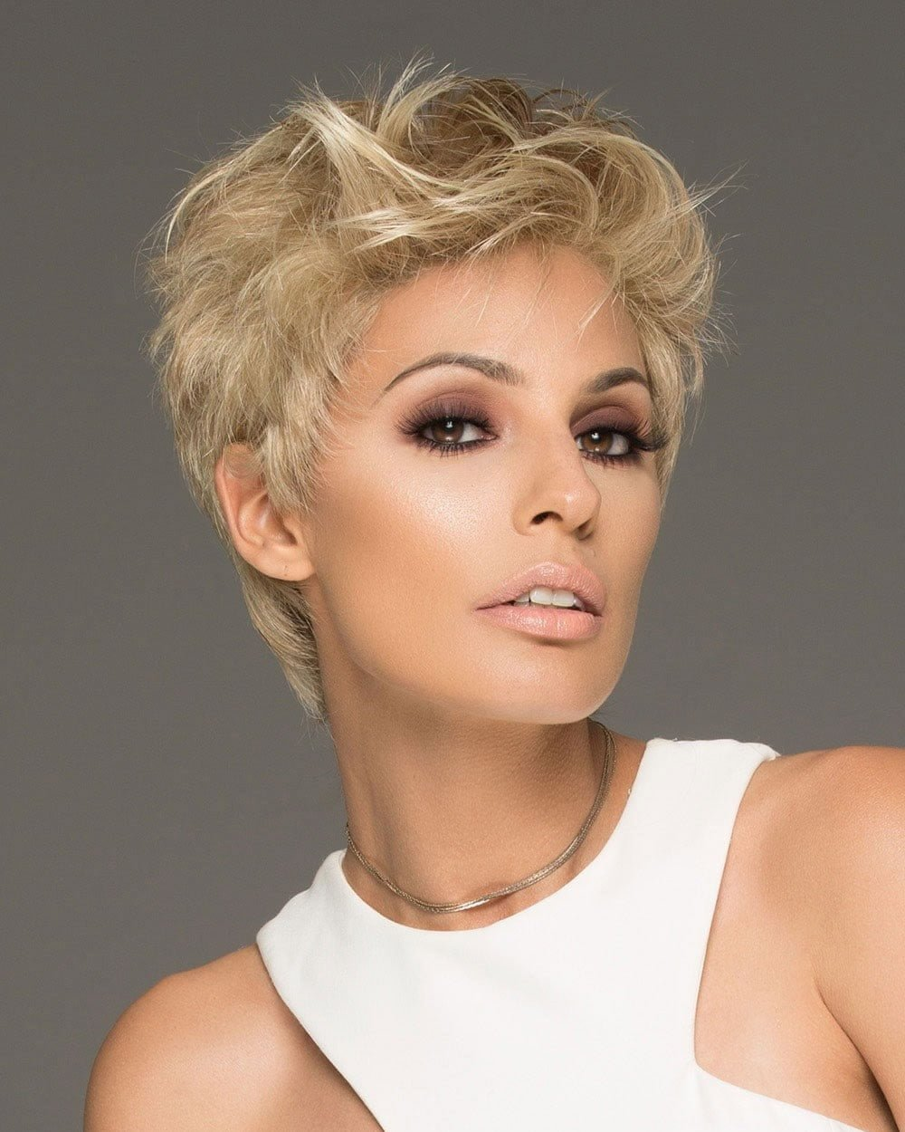 Free 25 Ultra Short Hairstyles Pixie Haircuts Hair Color Wallpaper