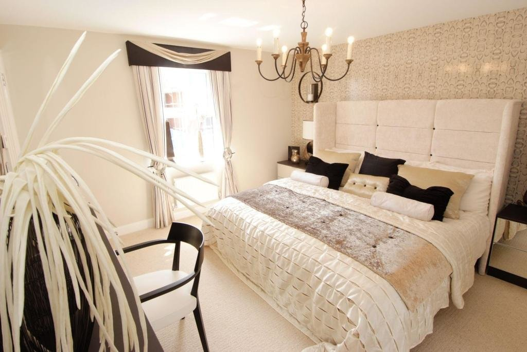 Best Beige And Black Bedroom White And Beige Bedroom Idea With Pictures