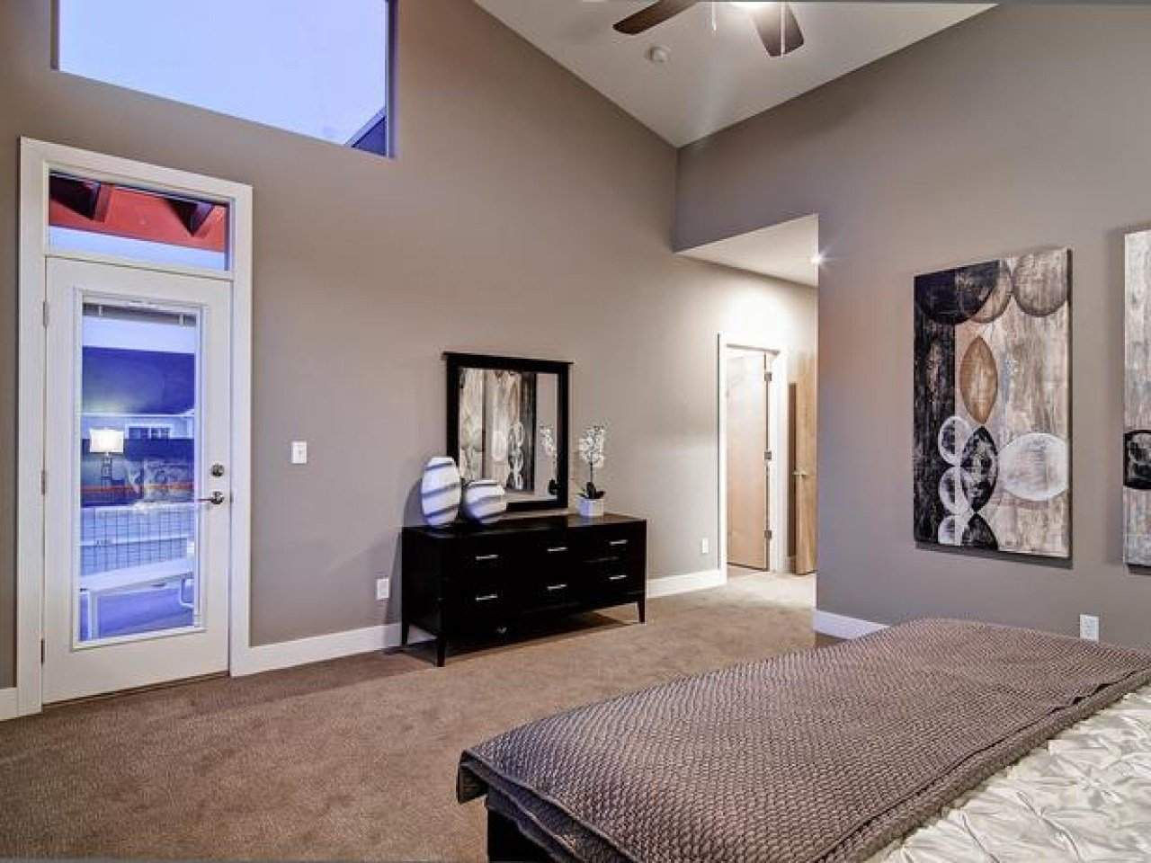 Best Taupe Bedroom Bedroom With Taupe Color Taupe Wall Color With Pictures