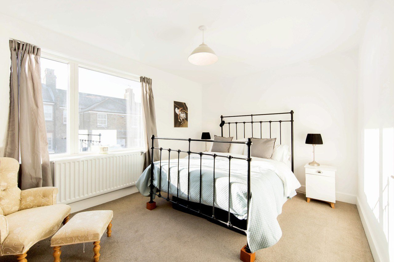 Best Peabody Cottages Rosendale Road Herne Hill Se24 2 Bed Semi Detached House For Sale With Pictures