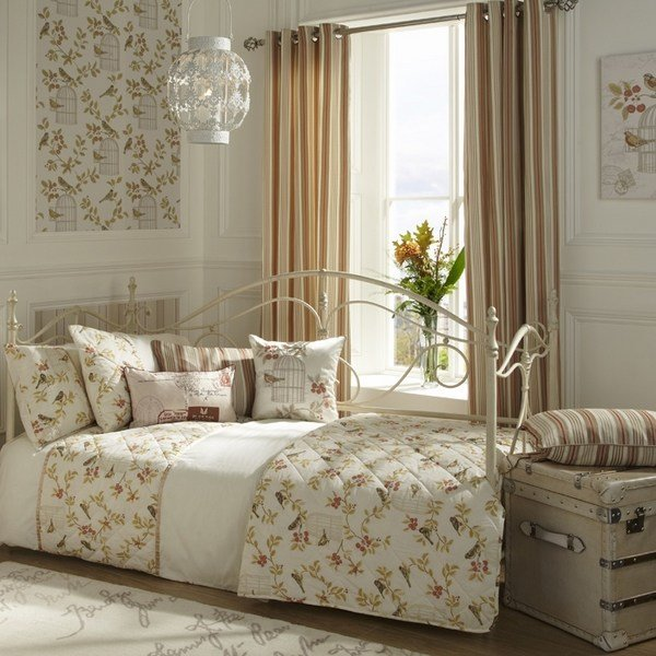 Best Shabby Sheek Or Shabby Chic Bedroom Design Ideas With Pictures