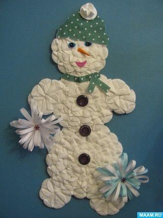 Мақта дискілерінен снеговикті қалай жасауға болады - ең жақсы жаңа жылдық қолөнер 4