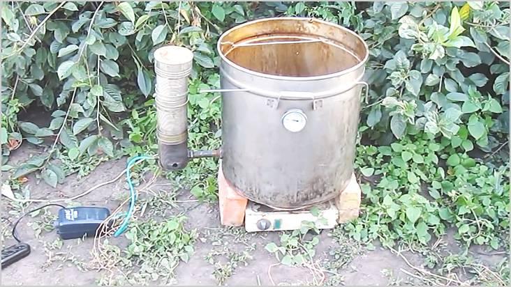 ガス発生器を容器に接続した