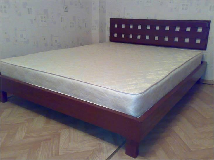 Так выглядит готовая кровать