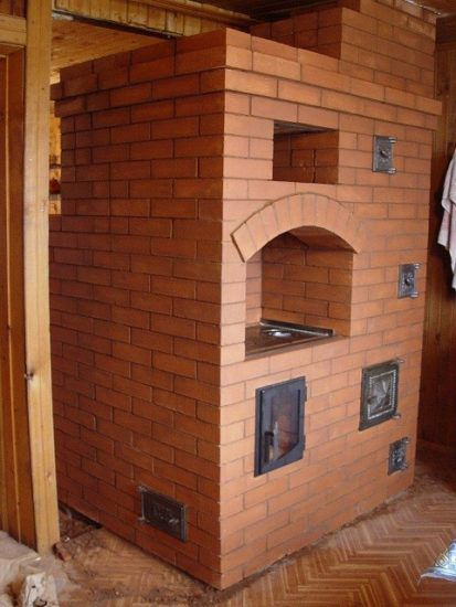 Oven with a drying chamber