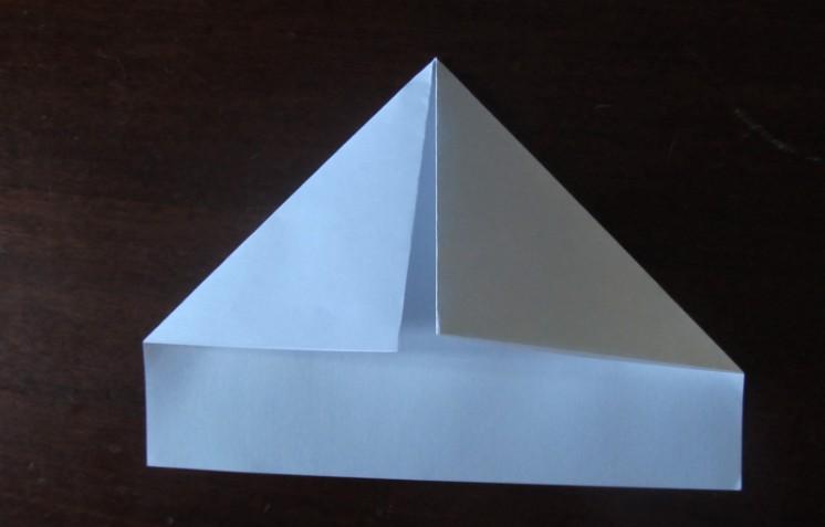 Hoe maak je een boot van papier? Instructie opvouwbare papierboot Doe het zelf Stap 10