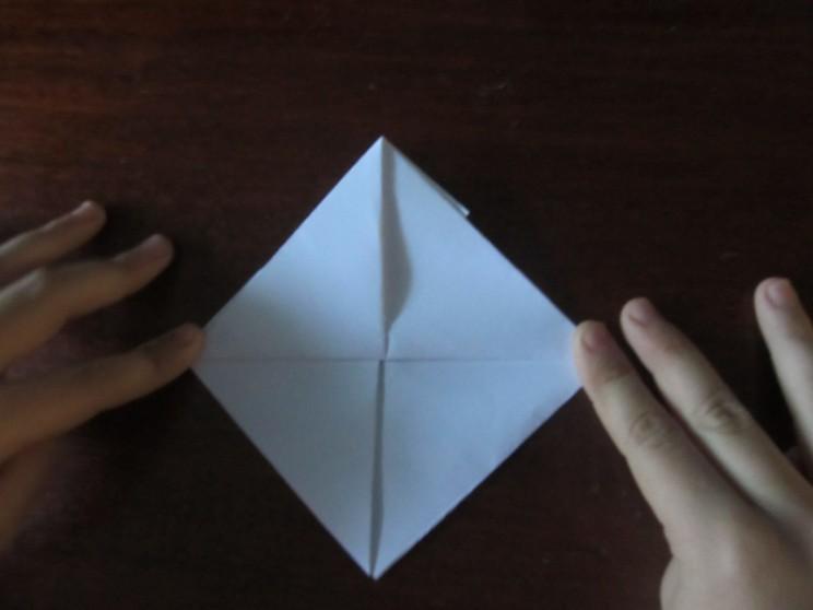 Как сделать кораблик из бумаги? Инструкция складывания бумажного кораблика своими руками этап 20