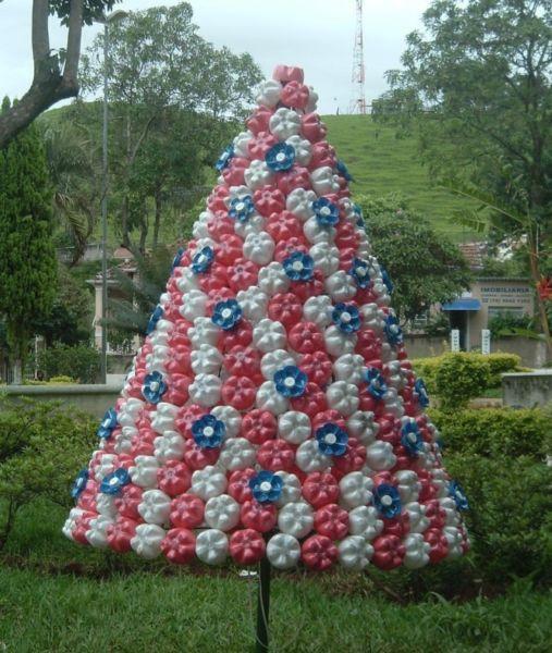 Árvore de Natal com as mãos para o ano novo e # 8212; Ideias fotográficas e mestres estágio 97
