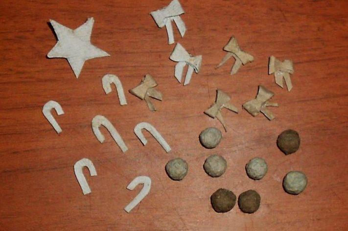 Игрушки на елку своими руками из подручных материалов к Новому году 2021 этап 7
