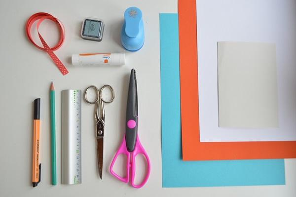 کارت پستال سال نو آن را برای کودکان انجام دهید: کلاس های کارشناسی ارشد و قالب های کارت پستال برای سال نو 2021 مرحله 3