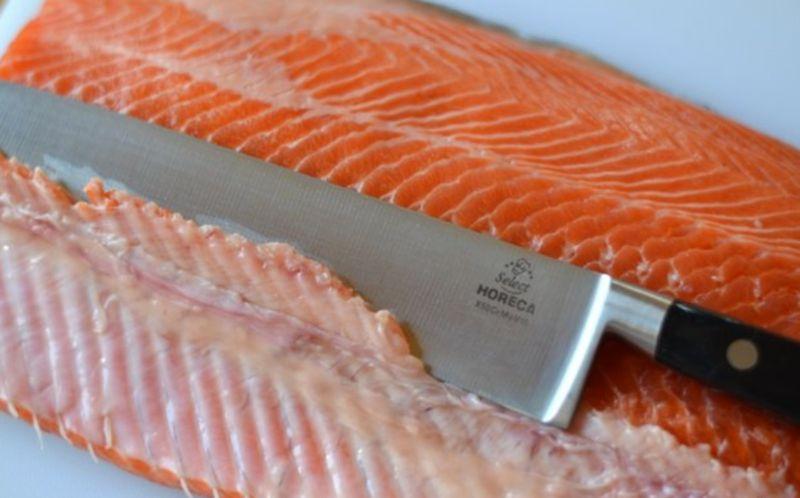 Salmon sốt muối thấp & # 8212; 7 công thức nấu ăn Salting Salmon ở sân khấu Giai đoạn 17