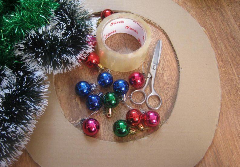Новогодний венок своими руками. 12 мастер-классов по изготовлению венков в домашних условиях этап 3