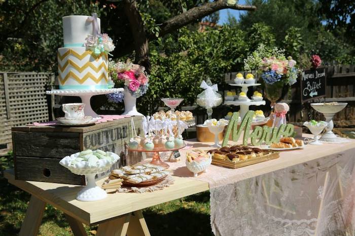Rustic Party Decorating Ideas   Elitflat Kara39s Party Ideas Vintage Rustic Garden Themed Birthday