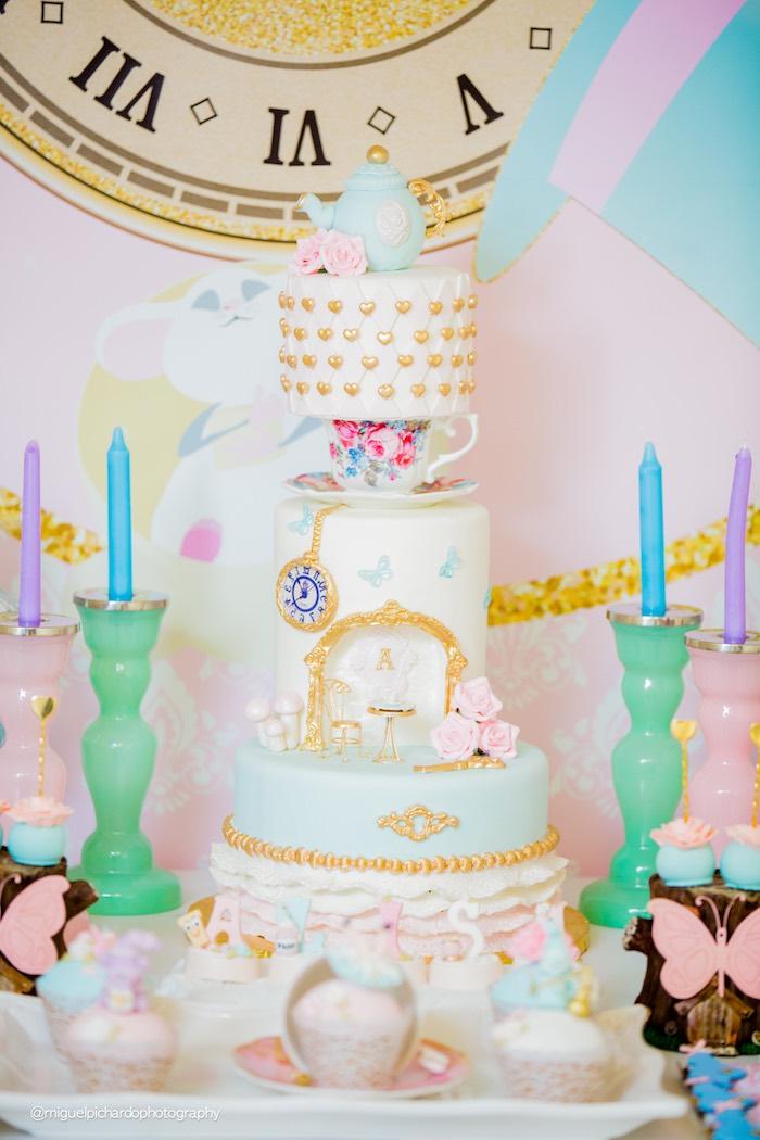 Kara S Party Ideas Pastel Glam Alice In Wonderland