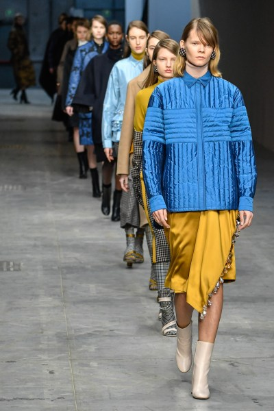 Gallery  Looks from Milan Fashion Week 2018   KATU Milan Fashion Week Autumn Winter 2018     Milano Moda Donna   Catwalk  Featuring  Model