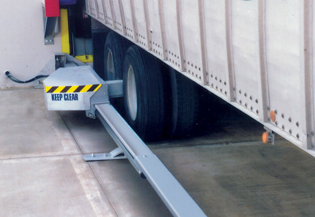 Fork Lift Unloading Container