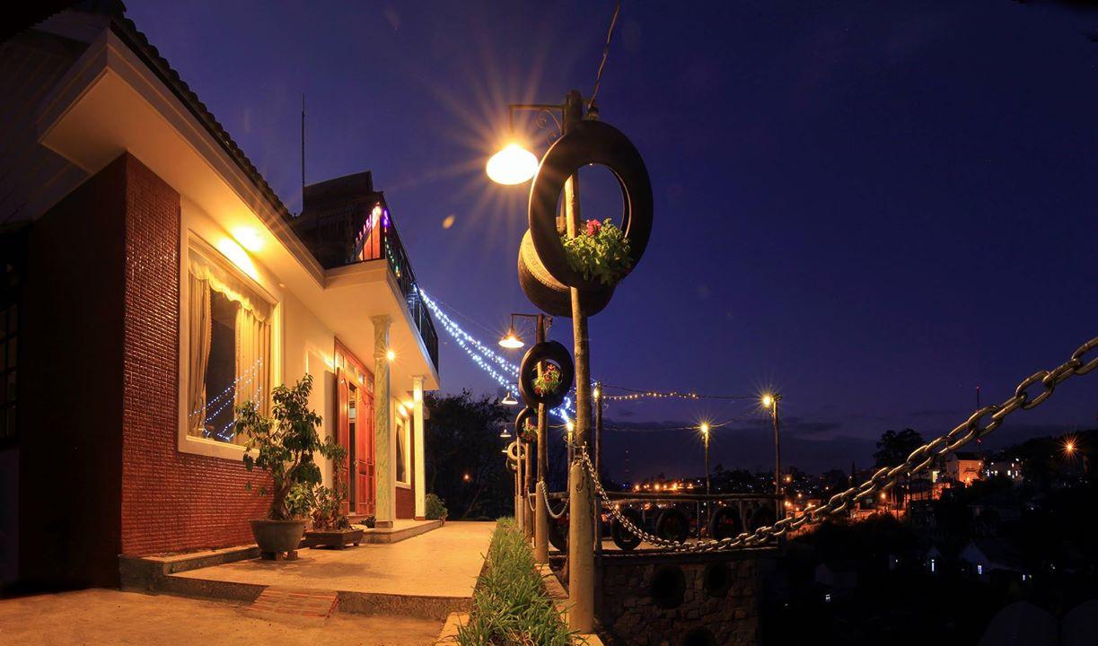 Hobbit Hostel Dalat Villa