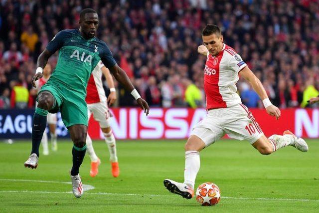 Soi-kèo Ajax vs Liverpool