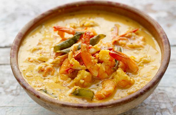 Jamie Oliver S Prawn Curry Recipe Goodtoknow
